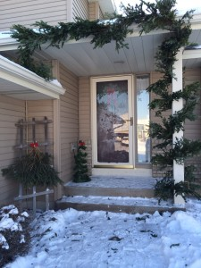 The front porch all decorated!